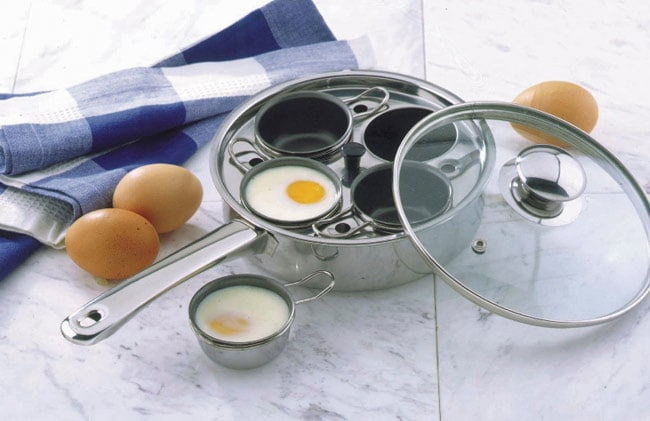 how to get egg off stainless steel pan