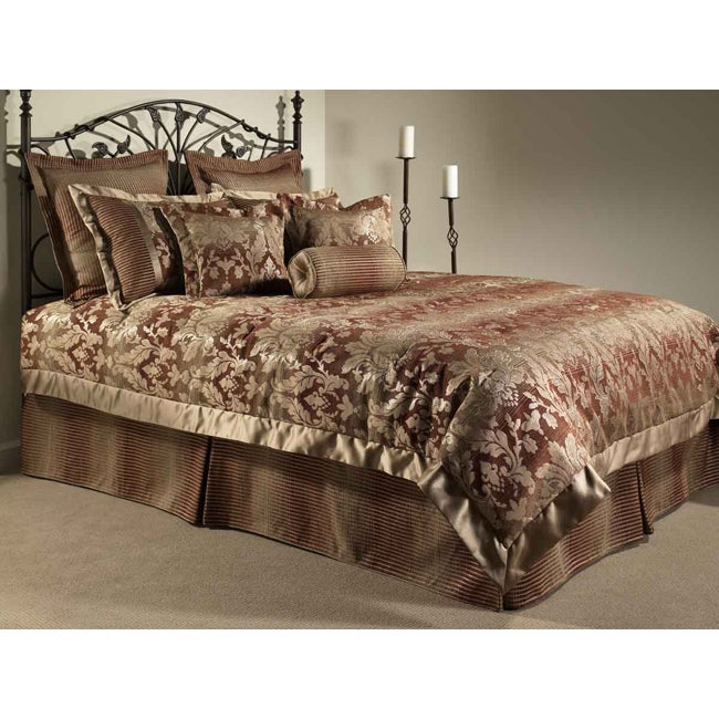 Kingston Deluxe Bedding Ensemble