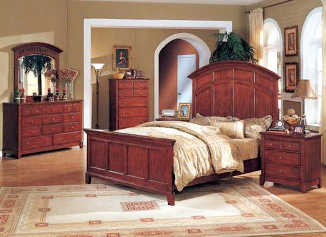 Elegant Mission-style 7 pc Bedroom Set