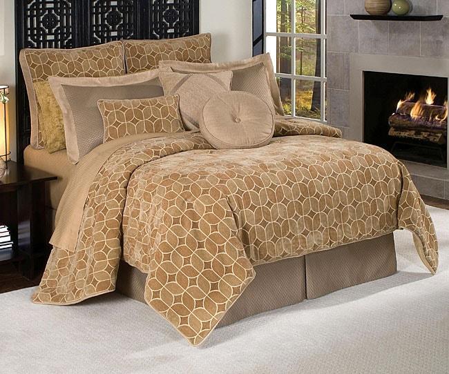 Villa Amore Luxury 9-piece Comforter Set