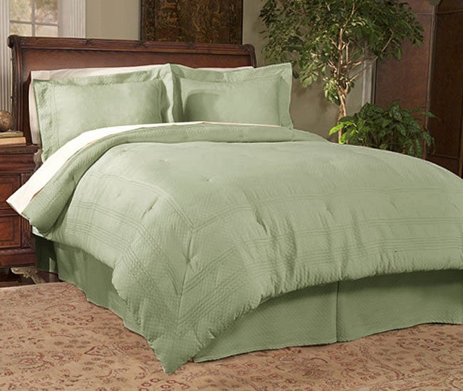 Diamond Jacquard Matelasse 4-piece Comforter Set