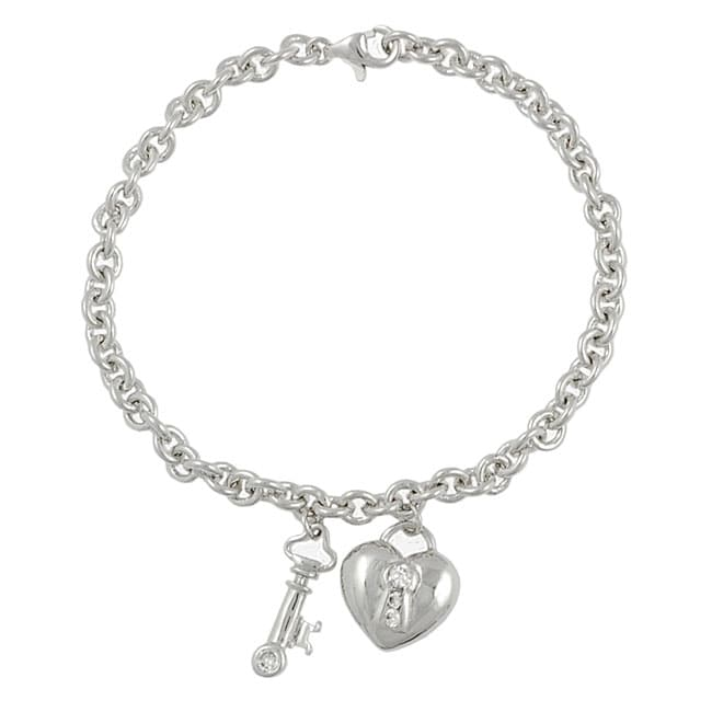 Journee Sterling Silver Chunky Heart Lock and Key Bracelet - Thumbnail 0
