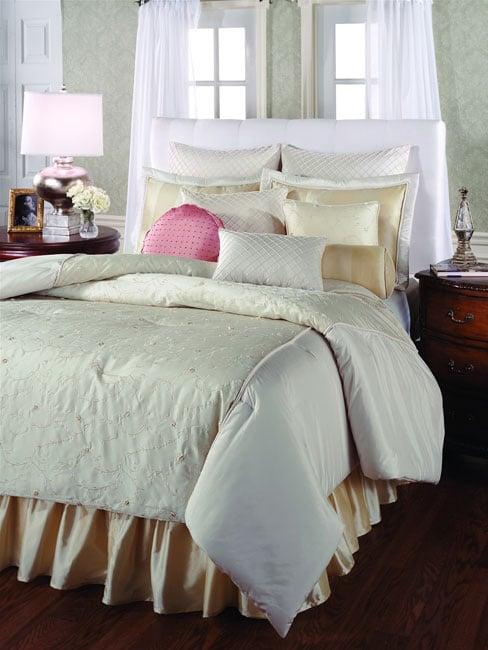 Jane Seymour Ivory Meadow Comforter 4-piece Set