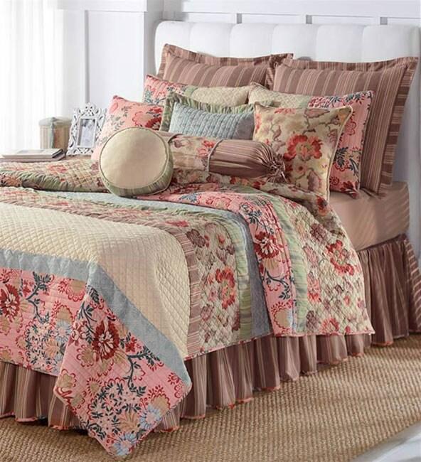 Jane Seymour Cottage Bloom Quilt