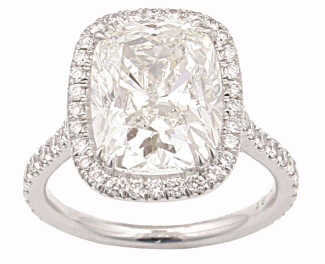 18k Gold 5ct TDW Cushion Diamond Wedding Ring