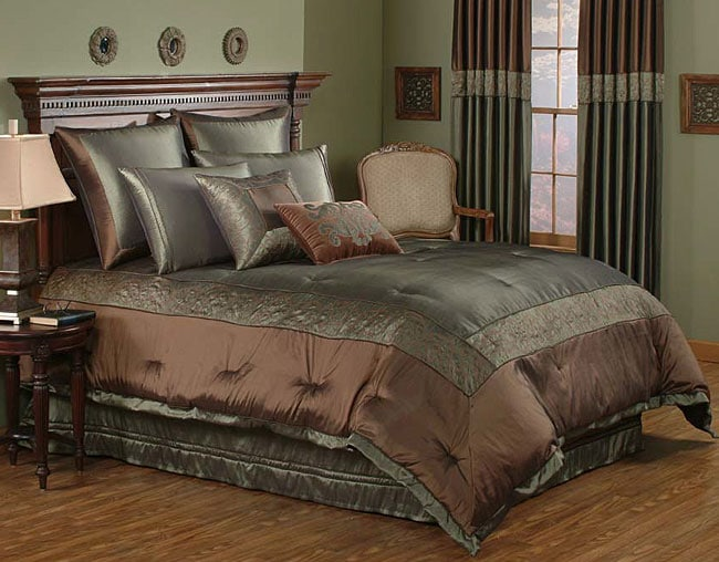 Salerno Luxury Moss Comforter Set