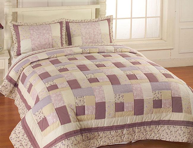 Sweet Violet Quilt Set