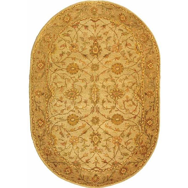 """Safavieh Handmade Antiquities Kashan Ivory/ Beige Wool Rug - 4'6"""" x 6'6"""" oval"""