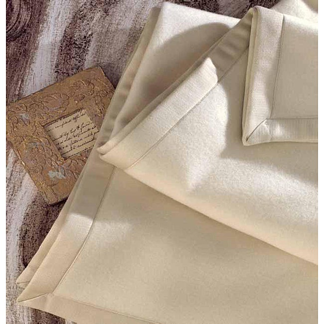 Angela Italian-made Cashmere Lambswool Blanket - Free Shipping Today