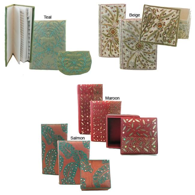 Hand-embroidered Jewelry Box Set (India)