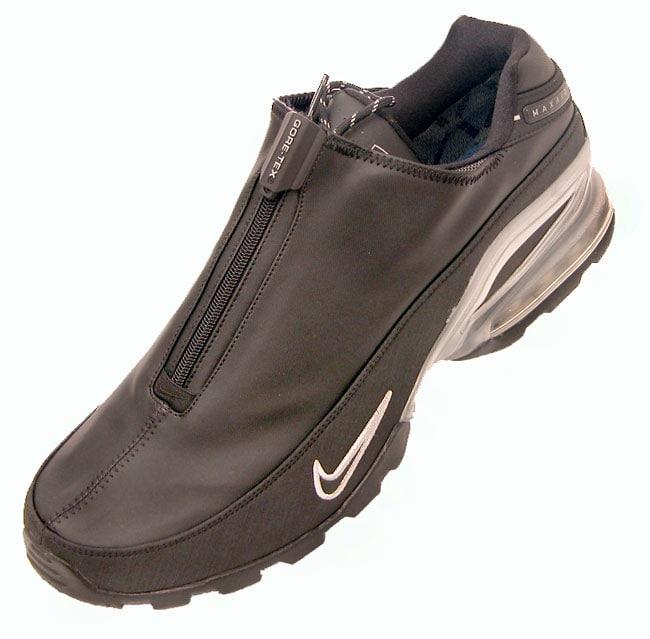 d01f1f4363417 Shop Nike Men s Gore-Tex Max II Black Golf Shoes - Free Shipping ...