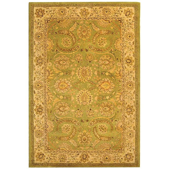 Safavieh Handmade Old World Light Green/ Ivory Wool Rug - 8'3 x 11'