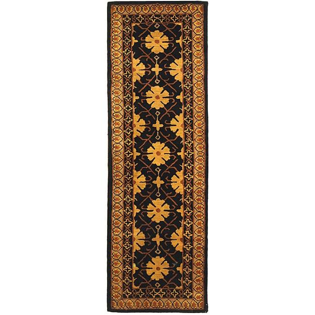 Safavieh Handmade Classic Agra Green/ Apricot Wool Runner Rug - 2'3 x 10'