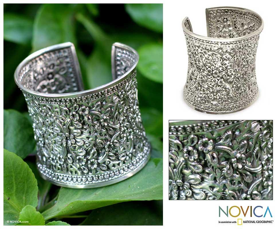 Sterling Silver 'Dazzling Jasmine' Bracelet (Thailand)