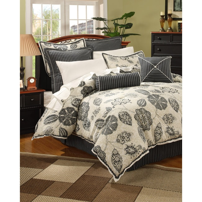 Jolie Black/ White/ Khaki 12-piece Bedding Ensemble