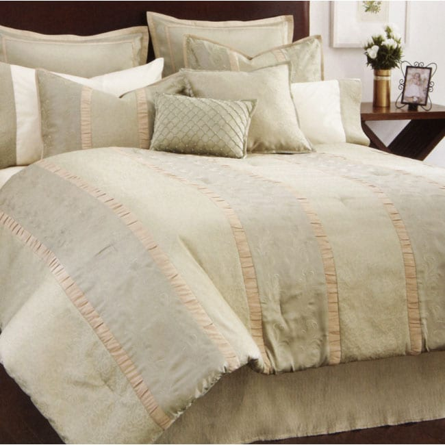 Brocade Shimmer 8-piece Bed in a Bag