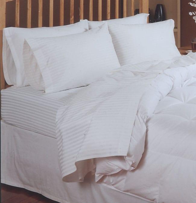 200 tc Egyptian Cotton White Stripe Sheet Set