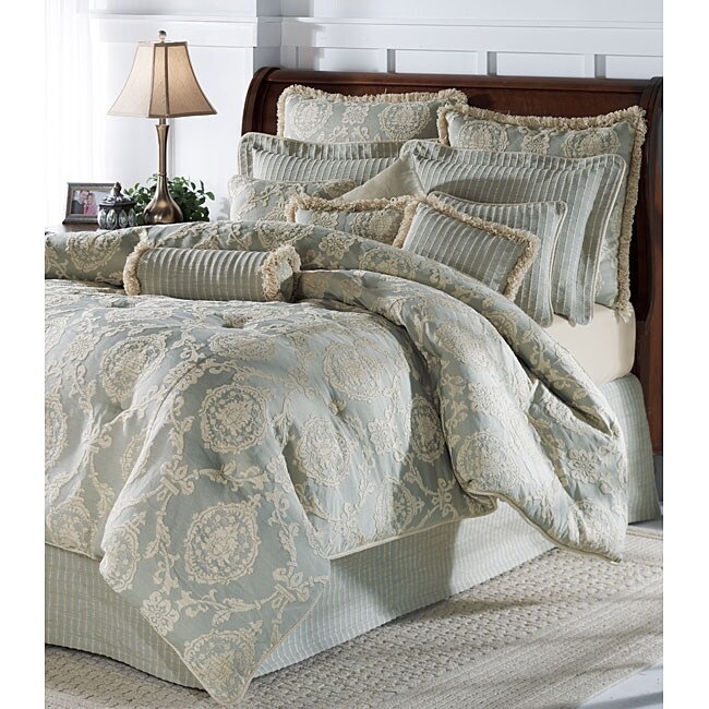 Jane Seymour Abbey Stone 4-piece King Comforter Set (Open Box)