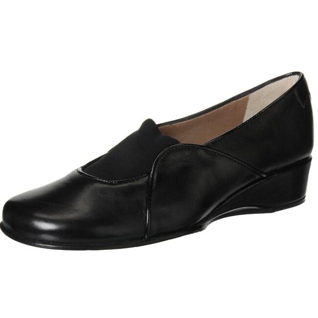 Taryn Rose Women's 'Kelly' Leather Loafers