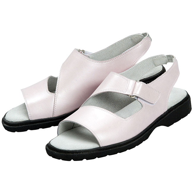 Sandbaggers Ladies' 'Kim' Pink Golf Shoes (size 5 and 6 only)