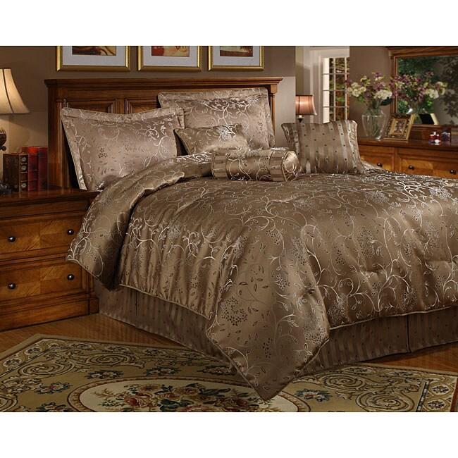 Cassaria 7-piece Gold Comforter Set