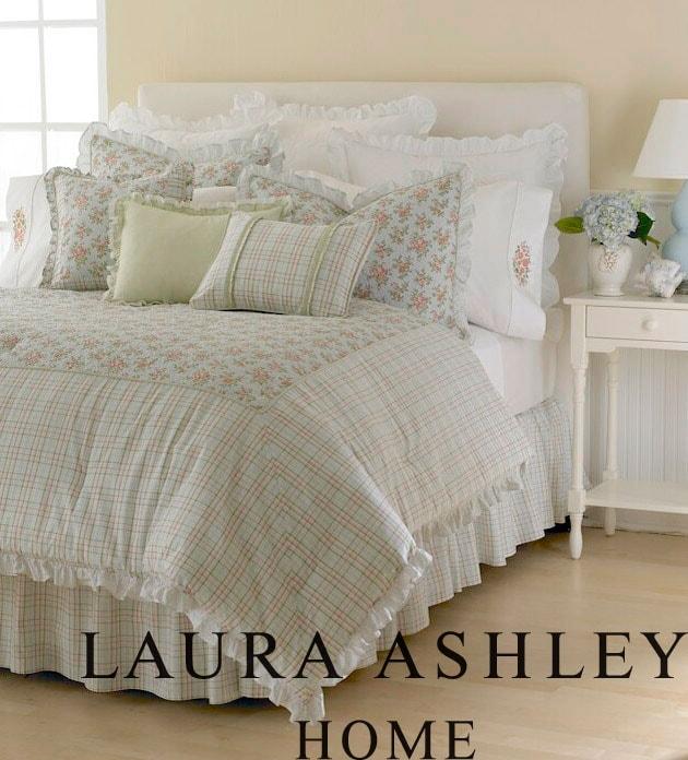 Laura Ashley 'Charlotte' 4-piece Comforter Set