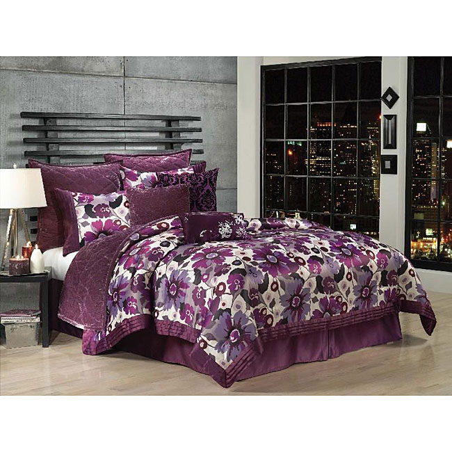 Jolie King-size Comforter Set with Coverlet and Pillows