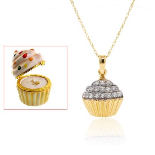 10k Gold Diamond Accent Cupcake Necklace