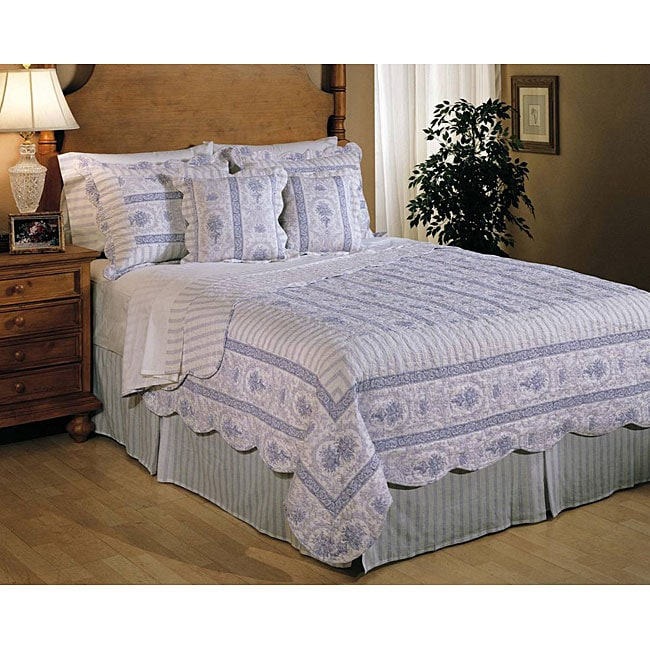 Blue and White 10-piece Quilt Set