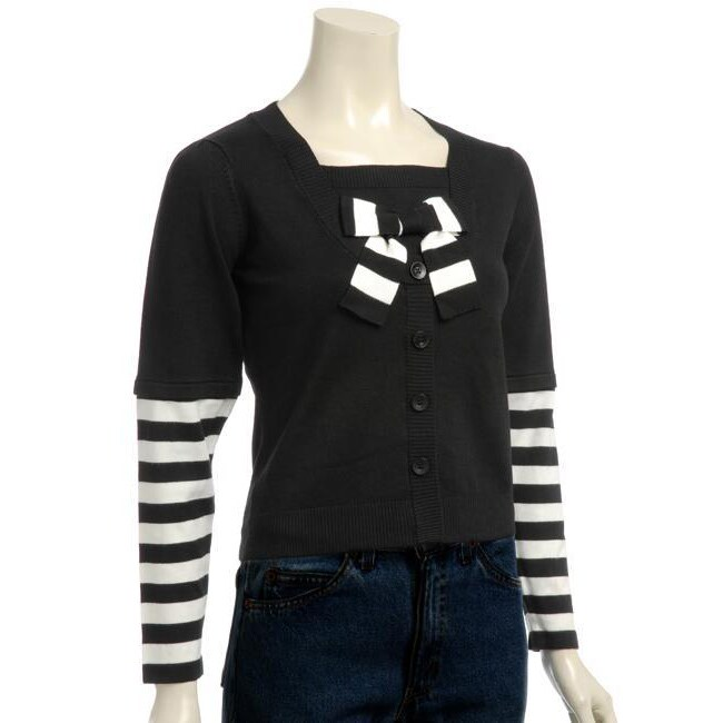 Elio Women's Long-sleeve Black and White Sweater