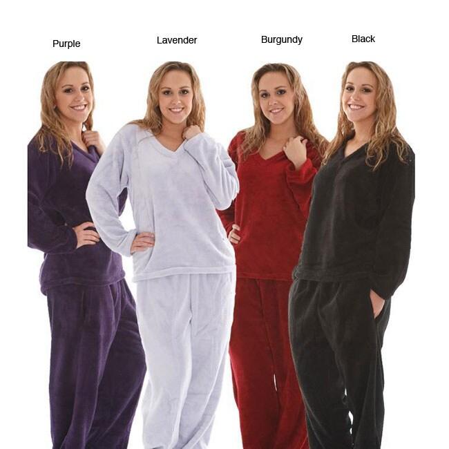 Women's Classic Fleece V-neck Pajamas Set