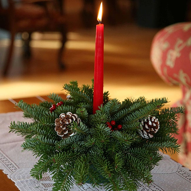 Fresh Cut Maine Balsam Classic Small Round Centerpiece: small christmas centerpieces