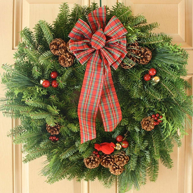 Varigated Stewart 24-inch Fresh-cut Maine Balsam Wreath - Thumbnail 0