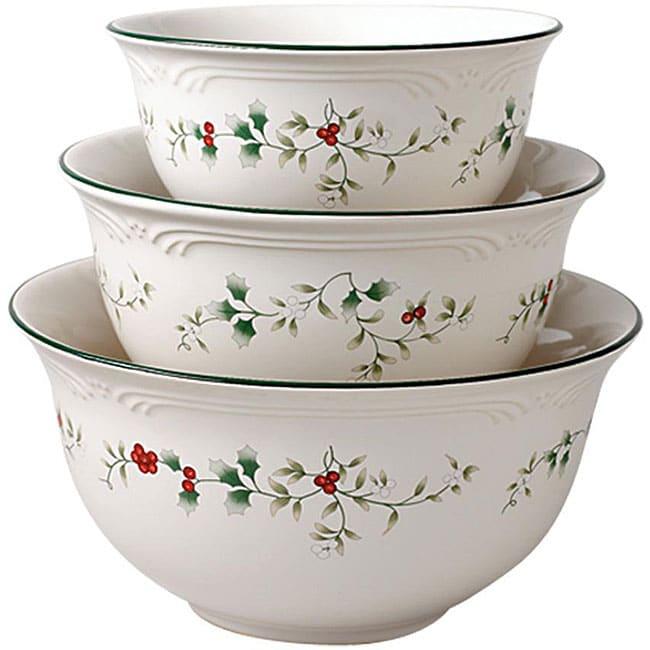 Pfaltzgraff Winterberry Mixing Bowls Set