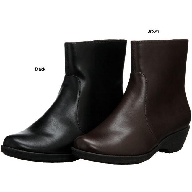 Aerosoles Women's 'Speartint' Flat Ankle Boots