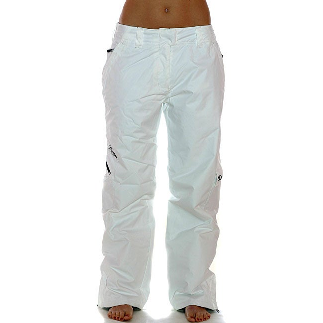 Luxury Womens Cargo Pants Are A Closet Staple Almost Everyone Owns  To Be Comfortable So You Can Dance The Night Away? Then Grab A Pair Of Cargo Pants And Add A Simple Black Or White Tshirt Slip On A Shiny Pair Of Patent Leather Heels Or