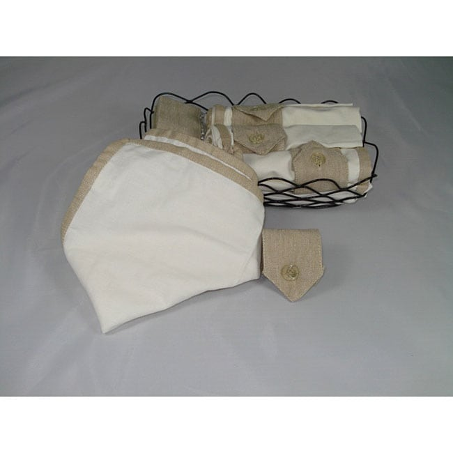 Set of 4 Placemats Napkin and Napkin rings Gift Basket (India)