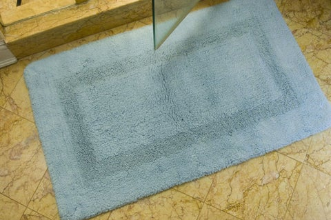 "Safavieh Light Blue Non-slip 2400 Gram 2-piece Bath Mat Set - 1'9"" x 2'10"""