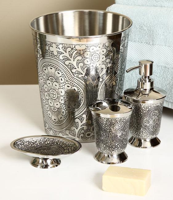 Heritage Cast Brass 4-piece Bath Accessory Set
