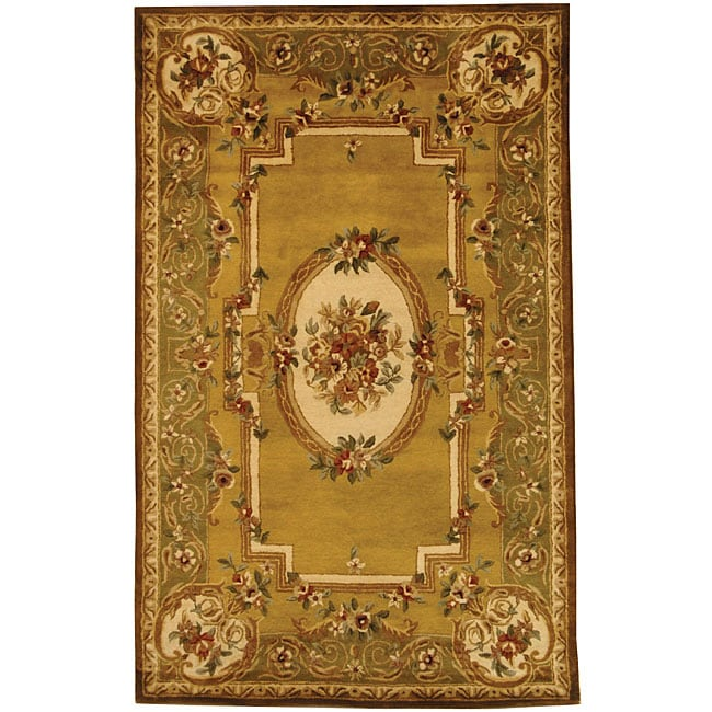 Safavieh Handmade Classic Light Gold/ Green Wool Rug - 8'3 x 11'