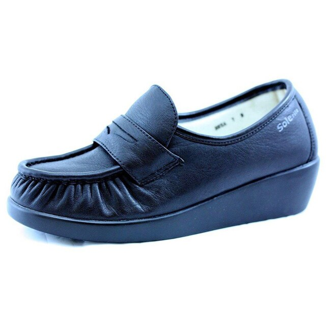 Shop Solerite Women s Slip-resistant Work Shoes - Free Shipping On ... ba8d2a341c