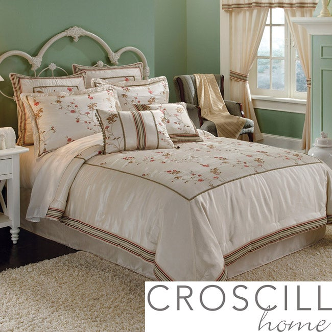 Croscill Rose Garden Queen-size Comforter Set - Thumbnail 0