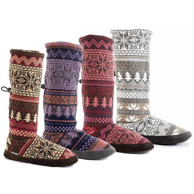 641846e6c45 Muk Luks Women's Nordic Toggle Boots