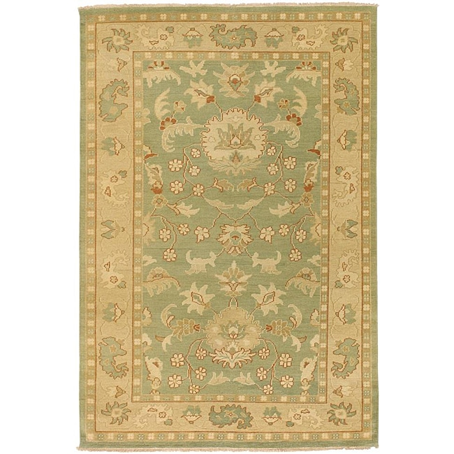 Hand-knotted Halmstad Sage Wool Rug (3'9 x 5'9) - Thumbnail 0