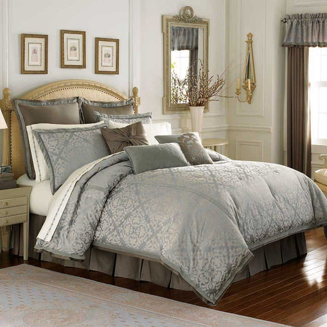 Jake 8-piece Queen-size Bed in a Bag with Sheet Set