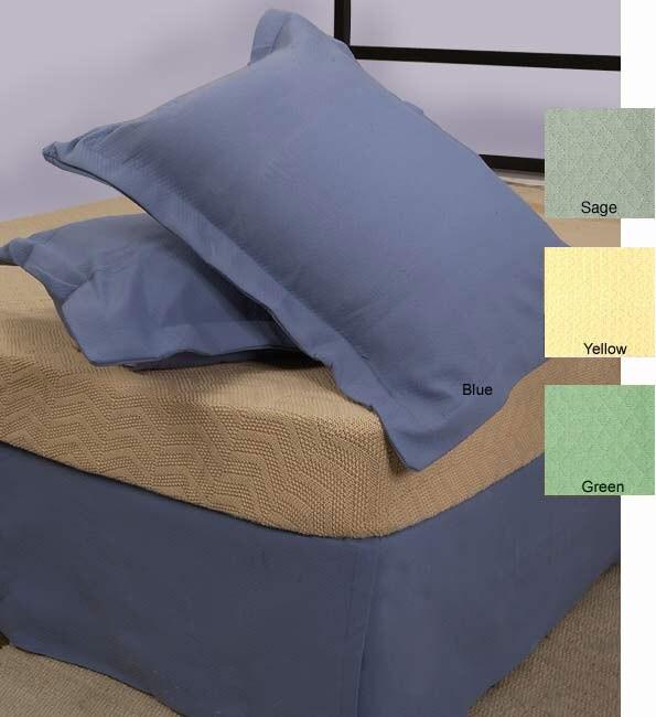 Matelasse Bedskirt/Pillow Sham Set (Queen/White)
