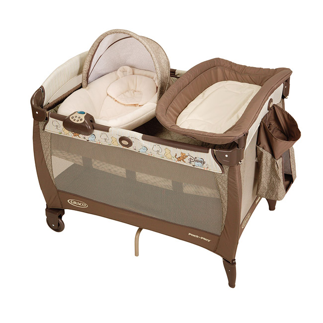Graco Classic Pooh Pack 'n Play Playard with Newborn Napper Station