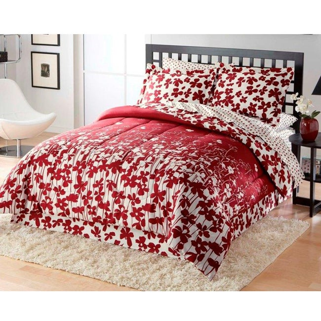 Poppy Fields 8-piece Queen-size Microfiber Bed in a Bag with Sheet Set