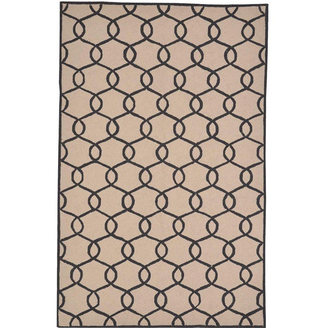 Hand-woven Pink Rug (5' x 7'6)