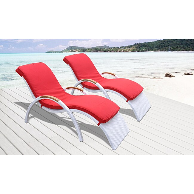 Venice All-weather Resin Wicker White Chaise Lounges (Set of 2)